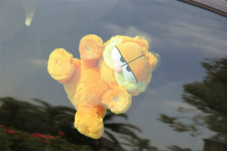 The Great Garfield Car Window Toy Craze Mental Floss
