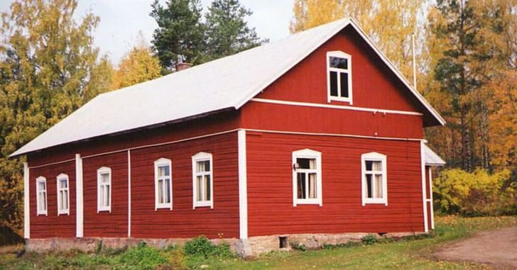 A red barn in Finland
