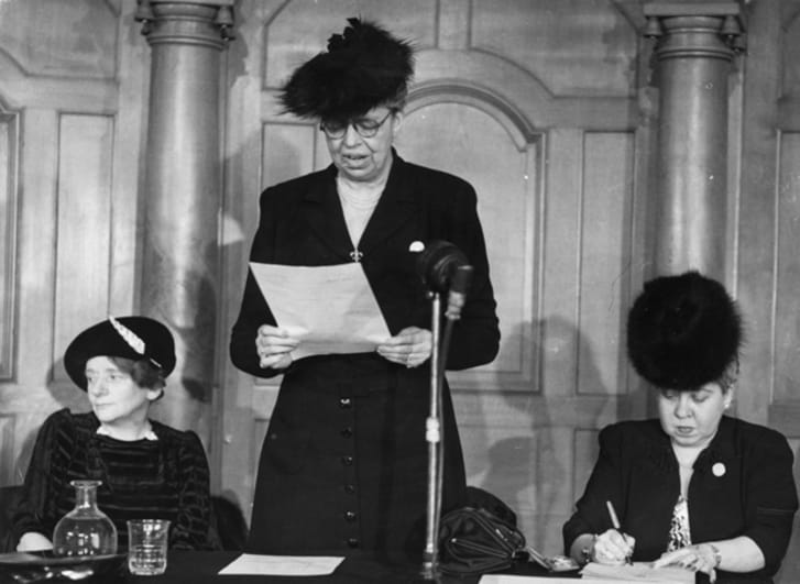 Eleanor Roosevelt gives a speech