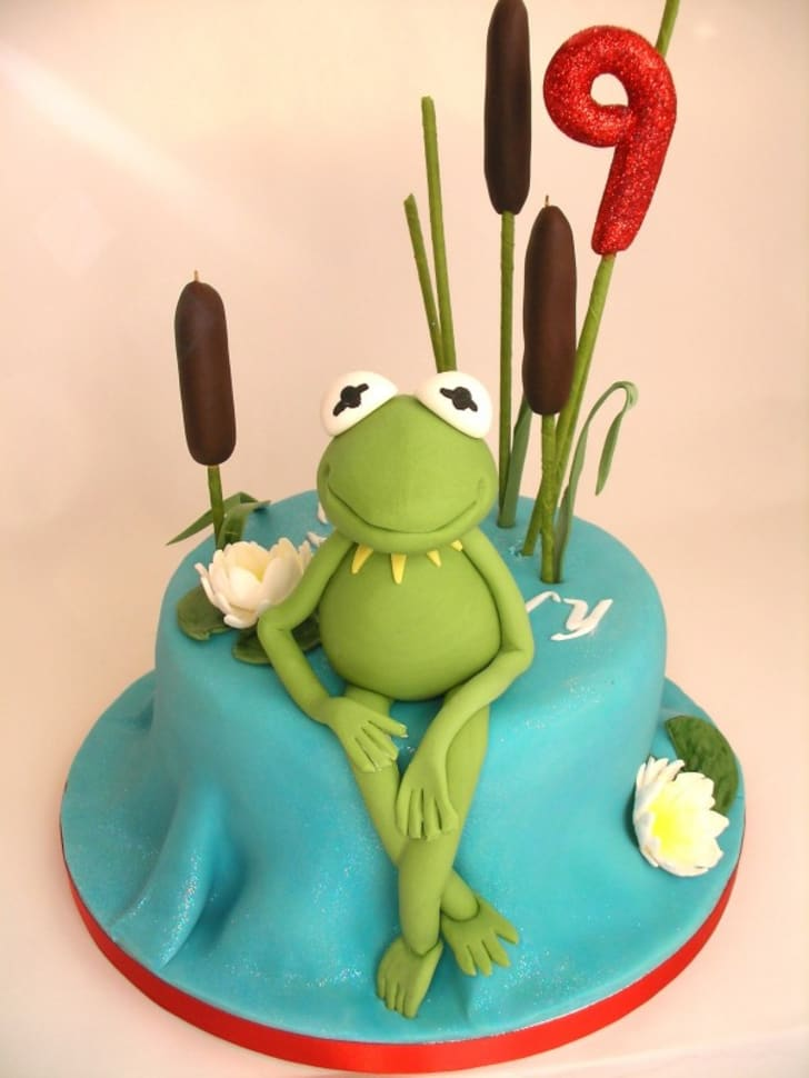 Swell 15 Delightful And Delicious Muppet Cakes Mental Floss Funny Birthday Cards Online Sheoxdamsfinfo
