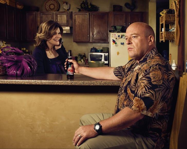 Marie Schrader (Betsy Brandt) and Hank Schrader (Dean Norris)