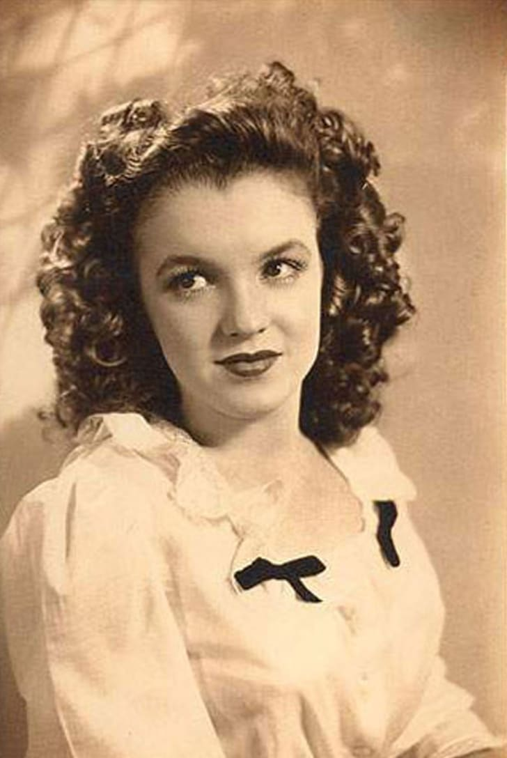 Portrait of a young Marilyn Monroe