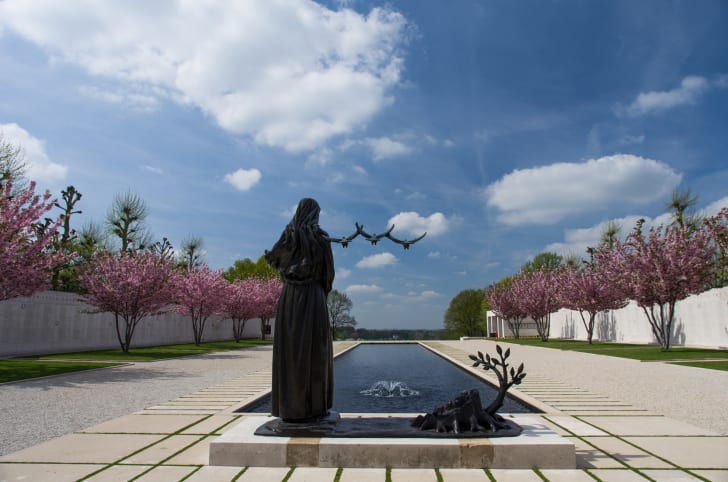Netherlands American Cemetery and Memorial, Margraten