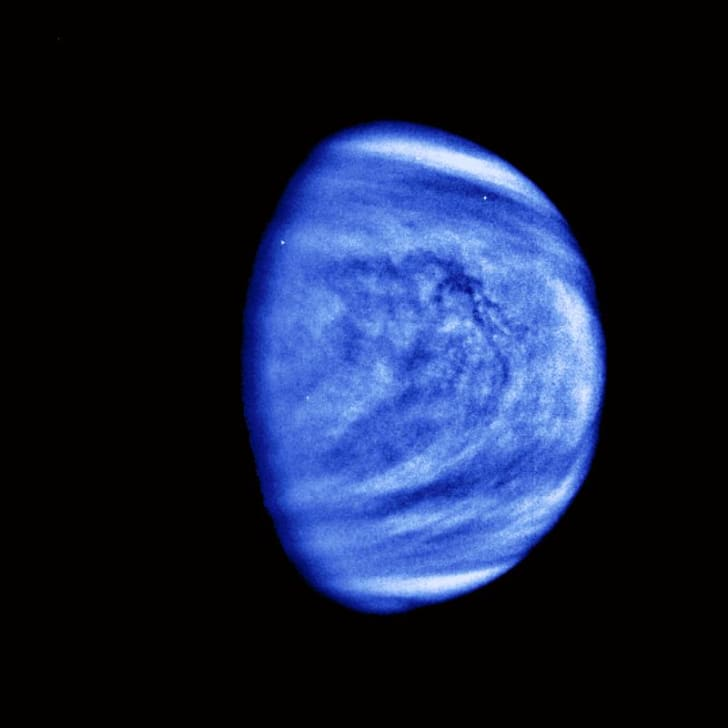 Colorized image of Venus's clouds