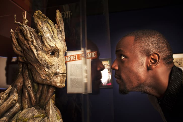 A Groot bust