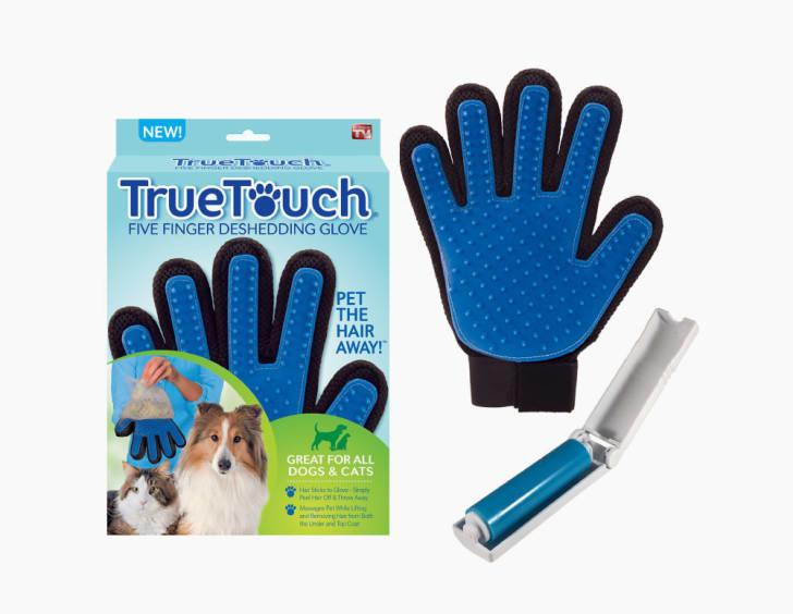 A True Touch de-shedding glove
