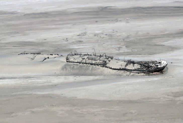 Wreck of the ship Eduard Bohlen that ran aground off Namibia's Skeleton Coast