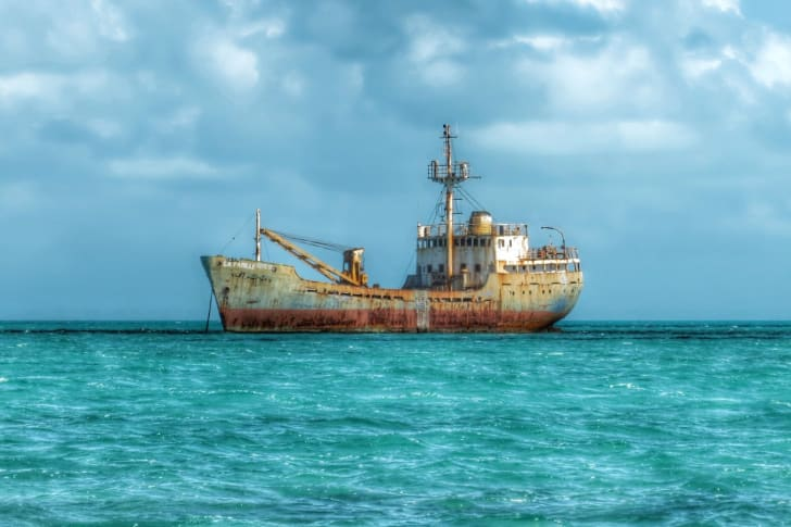 The La Famille Express shipwreck anchored in the Turks and Caicos Islands