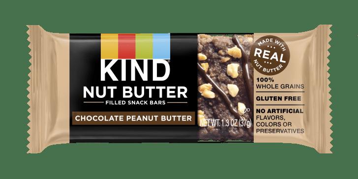 A KIND chocolate peanut butter snack bar