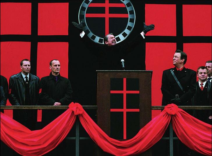John Hurt and Roger Allam in V for Vendetta (2005)