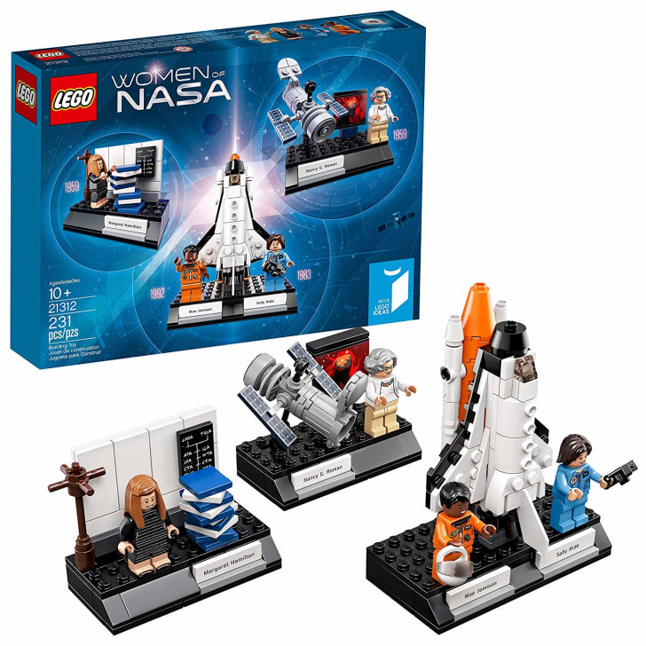 LEGO Women of NASA Set.
