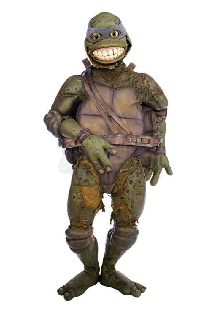 A Leonardo costume from 'Teenage Mutant Ninja Turtles III' is pictured