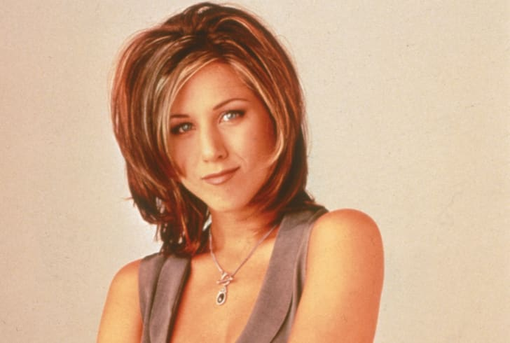 Jennifer Aniston haircut. 90 facts about the '90s.