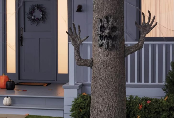 Tree Face & Arms Halloween Decoration