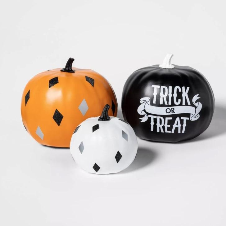 3pk Trick-or-Treat Painted Halloween Pumpkin Bundle Black/Orange/Cream
