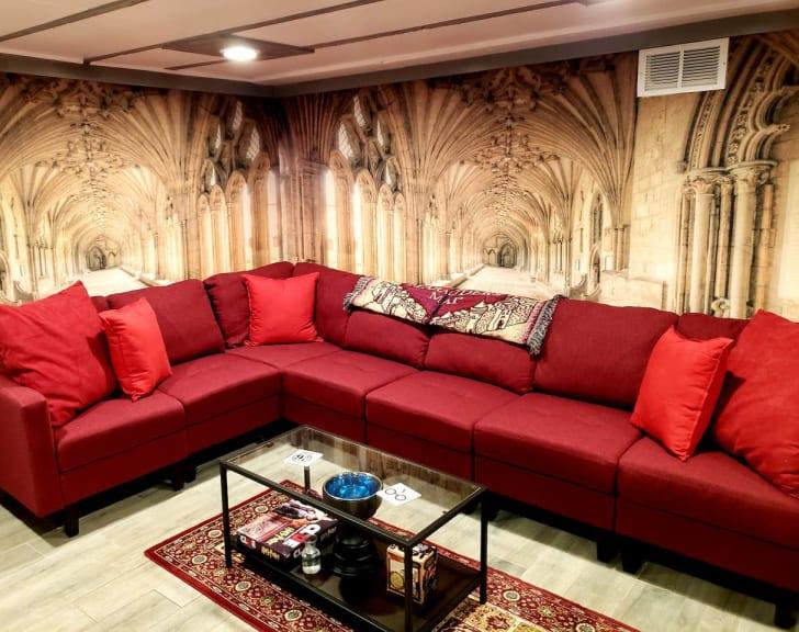 Harry Potter Airbnb Atlanta sitting room