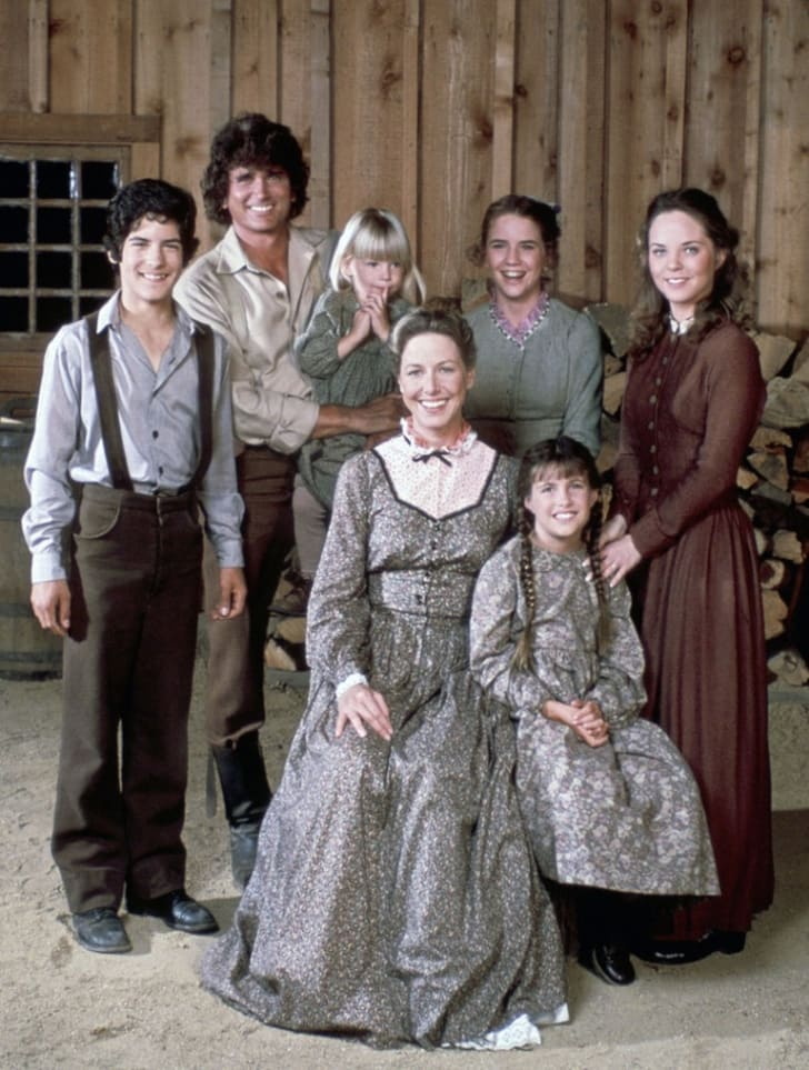 A still of the cast of 'Little House on the Prairie'