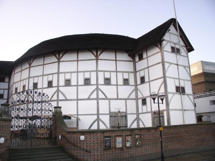 Exterior of Shakespeare's Globe Theatre