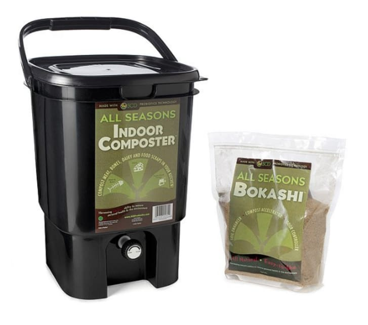 Uncommon Goods kitchen composter