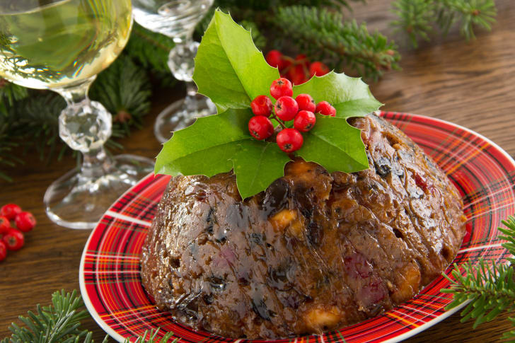 English Christmas plum pudding