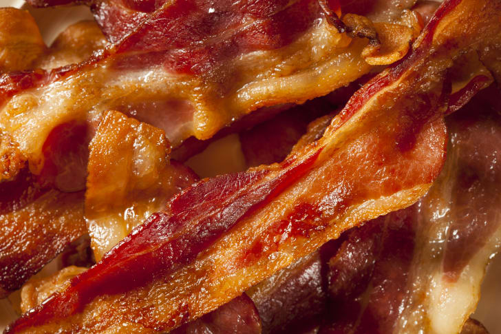 A plate of crispy bacon