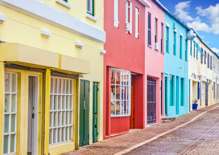 A street full of colorful storefronts in Bermuda