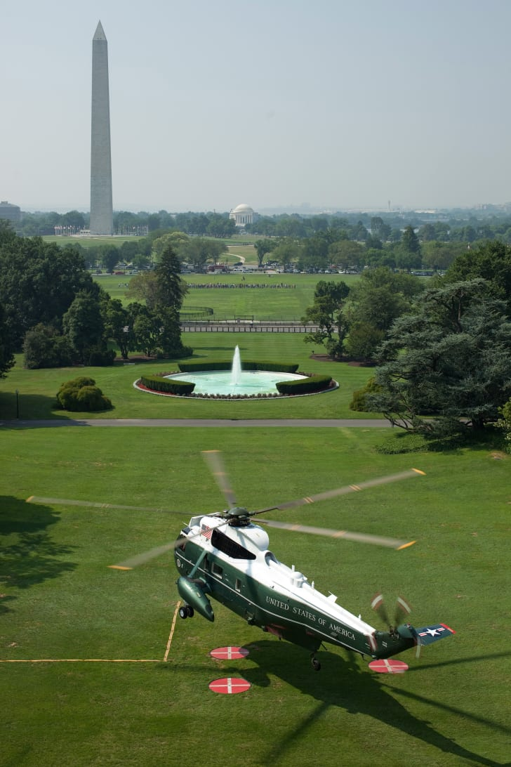 Marine One lifts off from the South Lawn of White House, July 16, 2010