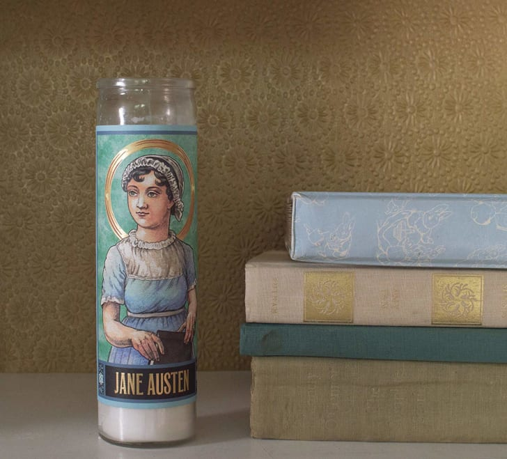 Candle with Jane Austin on it