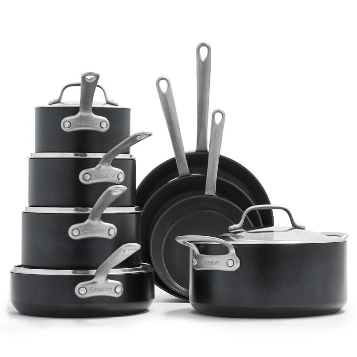 Pots and pans set