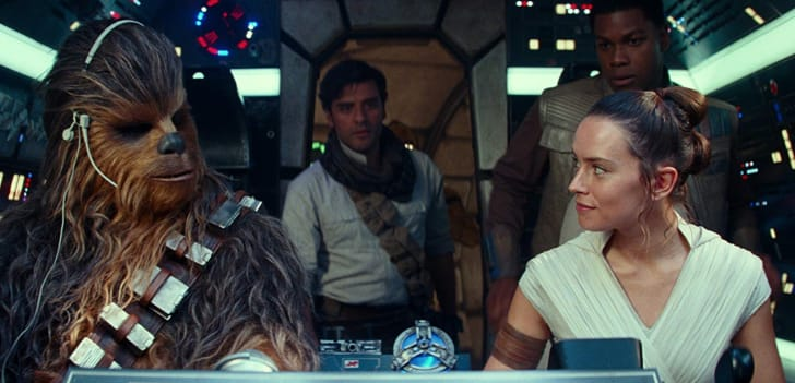 Oscar Isaac, John Boyega, Daisy Ridley, and Joonas Suotamo in Star Wars: Episode IX - The Rise of Skywalker (2019)