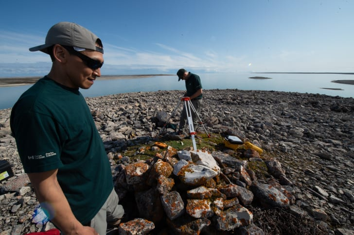 Parks Canada and Inuit archaeologists