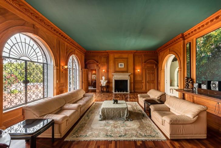 prince edward and wallis simpson bahamas mansion sitting room