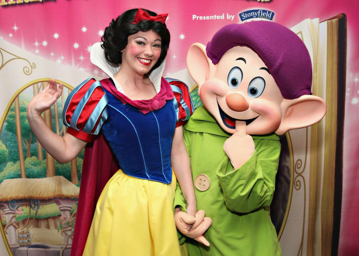Snow White and Dopey.