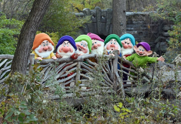 People dressed as the Seven Dwarfs.