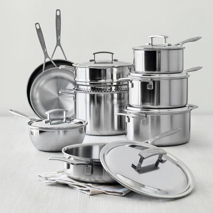 A cookware set.
