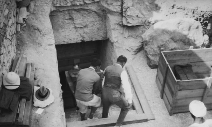 Crates are carried out of King Tutankhamun's tomb in 1923.