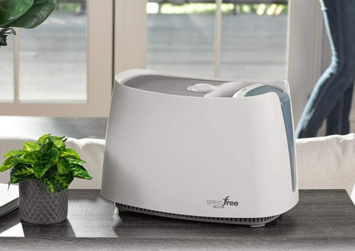 A humidifier from Honeywell.