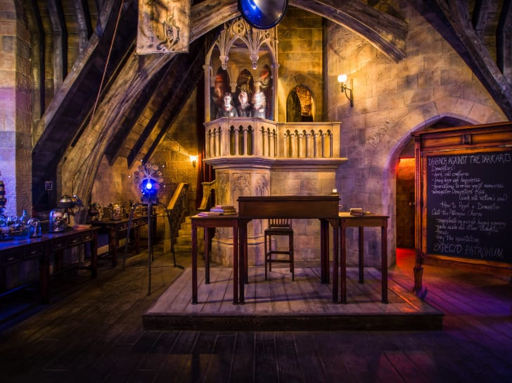 wizarding world of harry potter defense against the dark arts classroom
