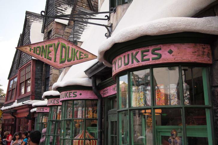 wizarding world of harry potter honeydukes