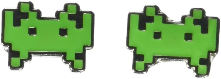 'Space Invaders' cufflinks on Amazon
