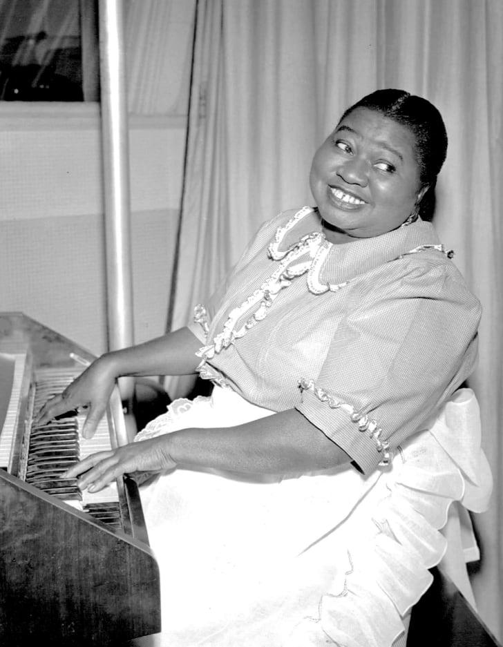 hattie mcdaniel as beulah in 1951