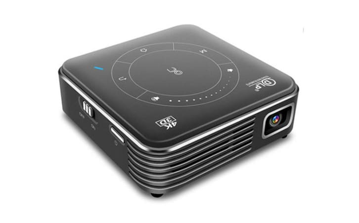 Mini projector from Kinkoo.