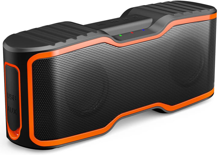 AOMAIS portable bluetooth speaker