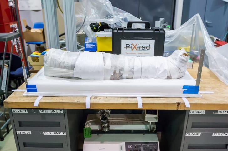 Entenda como cientistas podem finalmente descobrir os segredos de uma múmia egípcia - sem desembrulhá-la
