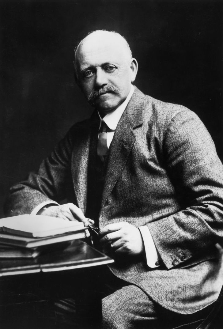 British builder William Willett, circa 1900.