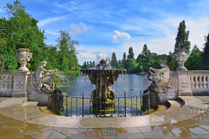 Italian Gardens at Hyde Park in London