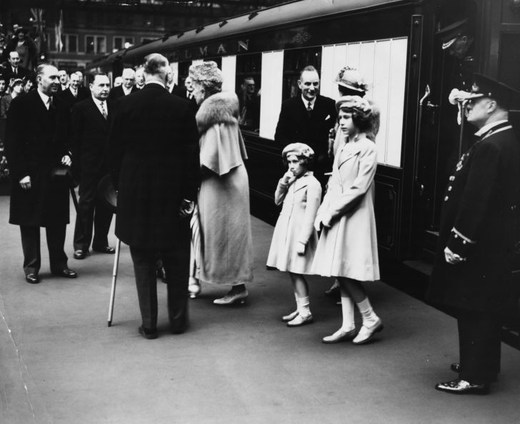Princesses Elizabeth (right) and Margaret at Waterloo Station, London, 1939.
