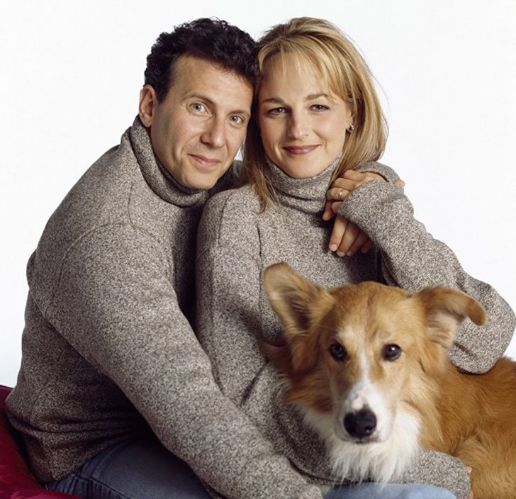 Paul Reiser, Helen Hunt, and Maui in 'Mad About You'