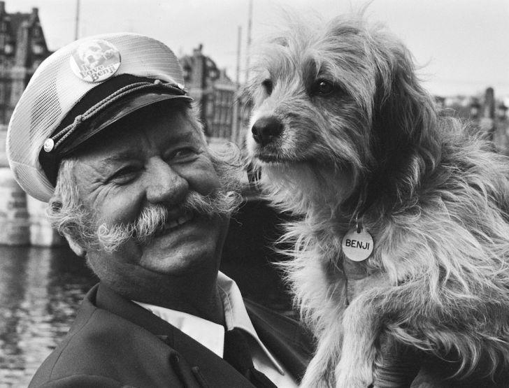 Frank Inn with Higgins, the original 'Benji'