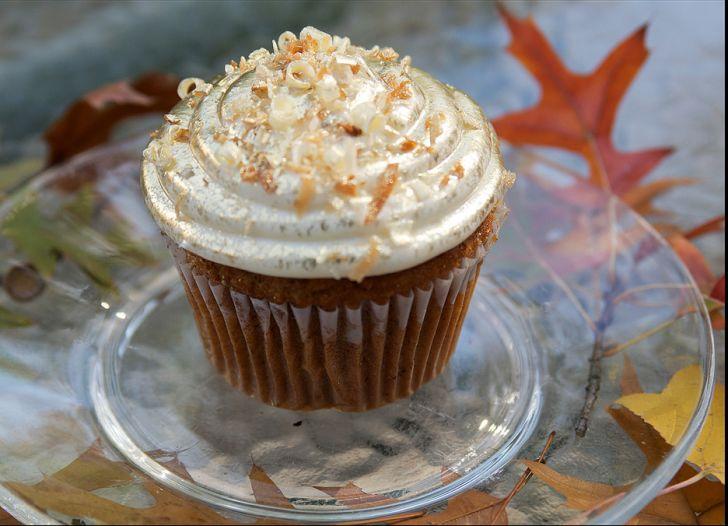 Jilly's Cupcake Bar 24 Karot Cake